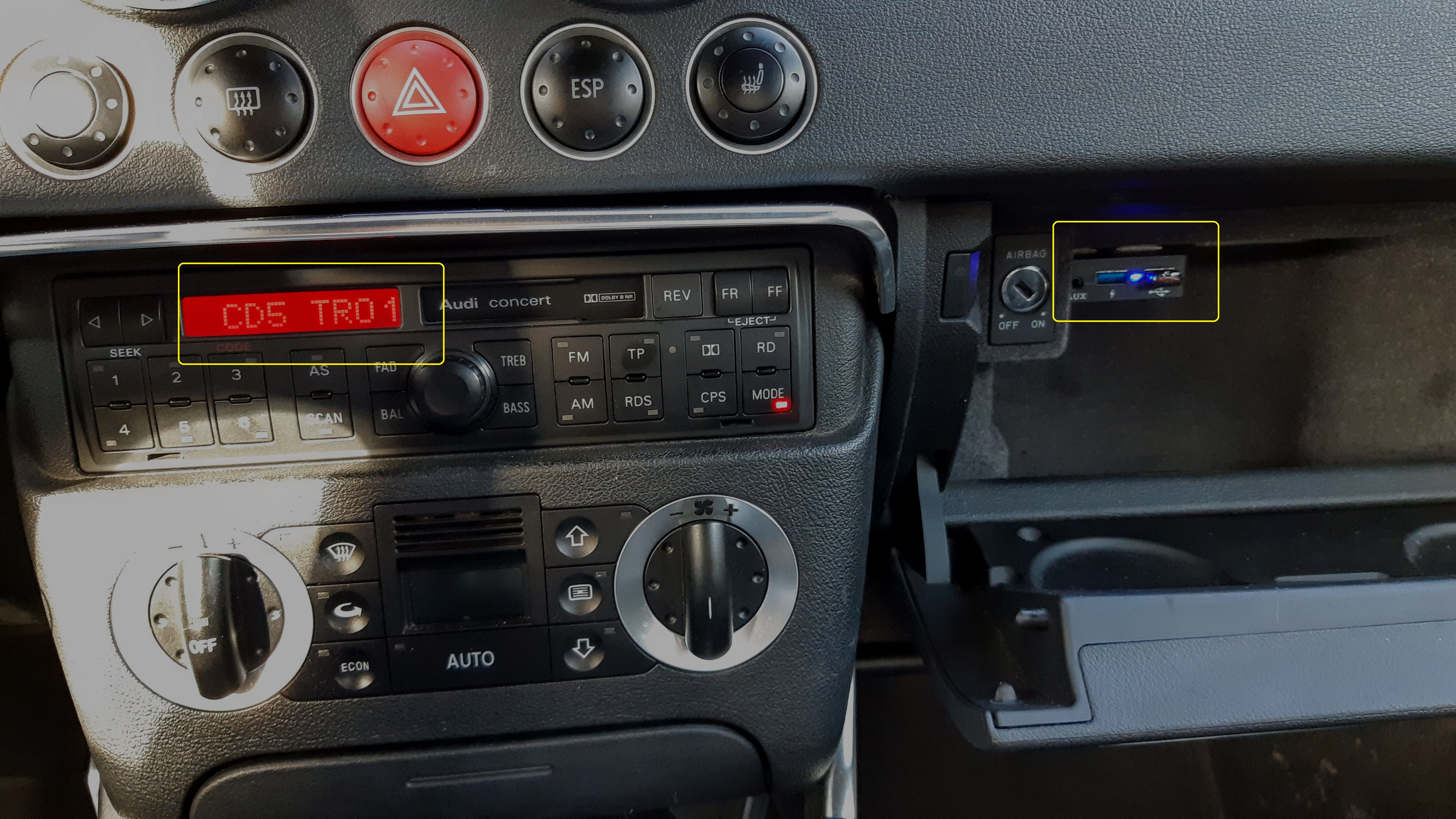 Bluetooth / USB / AUX interface / audio adapter voor SEAT autoradio's (8-pin)