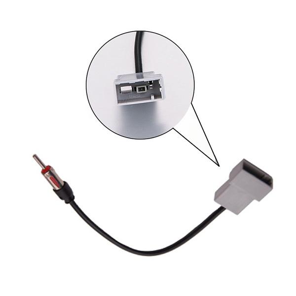 SUBARU OEM GT13 female autoradio naar DIN male antenne adapter / kabel